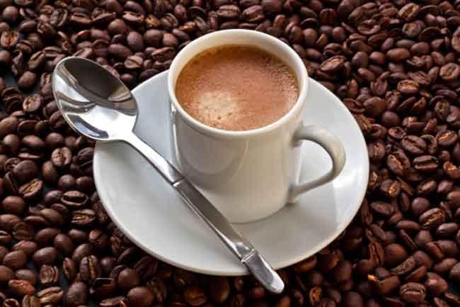 कैफीन से बचें