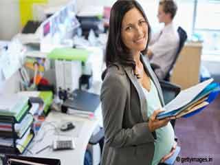 गर्भावस्था के दौरान कार्यालय में स्वस्थ रहने के आसान टिप्स