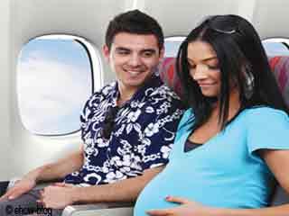 कैसे करें गर्भावस्था के दौरान सुरक्षित यात्रा