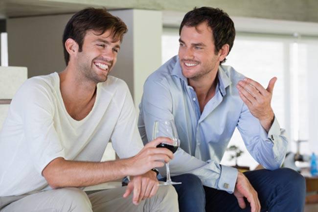 सकारात्मक दोस्त बनाने की आदत