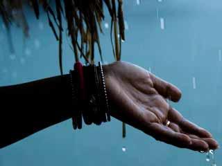 बरसात के मौसम में कहीं परेशान न करें बीमारियां