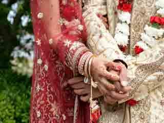 पुरुषों को सेहतमंद रखती है शादी