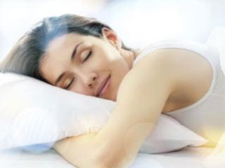 भरपूर नींद नहीं लेने से बढ़ती है उम्र