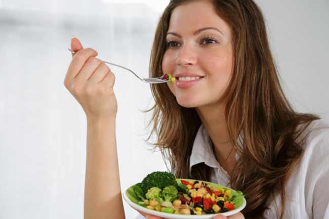 शाकाहार अपनायें