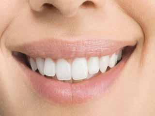 आदतें जो दांतो को नुकसान पहुंचाती हैं