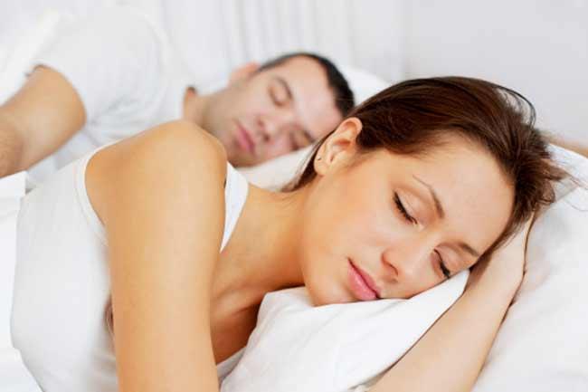 पुरुषों के साथ बिस्तर साझा करना