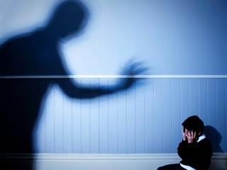 भावनात्मक शोषण से कैसे निपटें