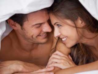 सेक्स गेम्स से बढ़ायें बेडरूम का आनंद