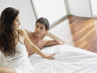 सेक्स के फौरन बाद कभी न कहें ऐसी बातें