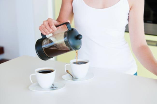 चॉय और कॉफी कम लें