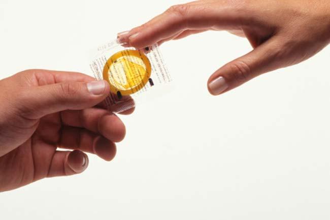 गर्भनिरोधक के रूप में कंडोम
