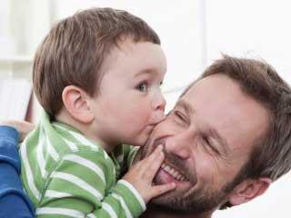 पिता बनने पर मस्तिष्क में होते हैं कई बदलाव