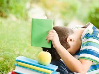 What are the symptoms of Learning Disorder