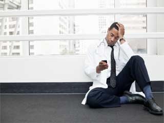 क्या मोबाइल फोन बन सकता है पुरुषों में नपुंसकता का कारण?