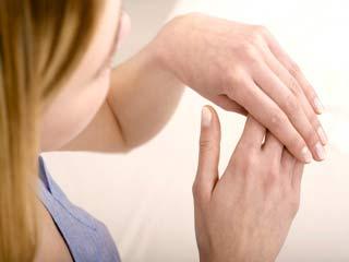 हाथ बताते हैं क्या है आपकी सेहत का हाल