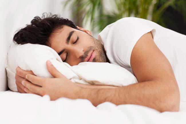 पूरी नींद और आराम लें