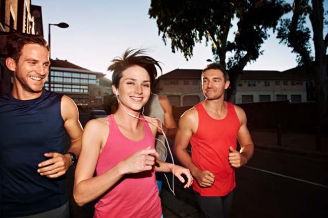 व्यायाम के लिए दोस्तों का साथ