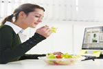 काम की भागदौड़ के बीच स्वस्थ आहार लेने के टिप्स