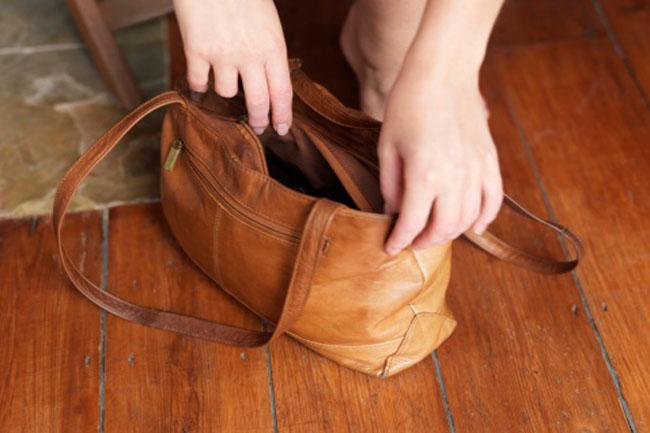 छोटा बैग