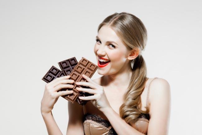 मिथ: चॉकलेट से मुंहासे होते हैं