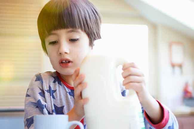 दूध पीने से कफ बनाता है