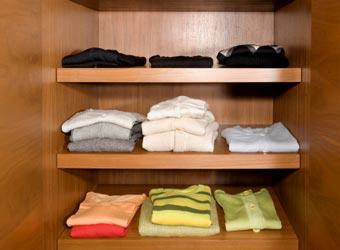 कपड़ों के रंगों के चुनाव से जानें खुद को
