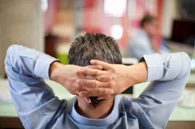 मुश्किलों से घबराने की आदत