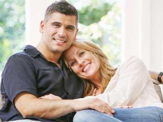 जिंदगी की आपाधापी के बीच कैसे निकालें साथी के लिए वक्त