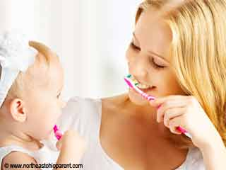 बच्चों के दांतों की देखभाल कैसे करें