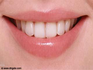 चमकदार दांत कैसे पायें