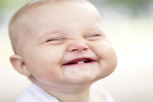 हंसने के फायदे
