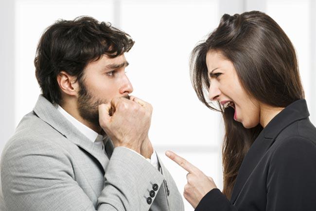 मौखिक दुर्व्यवहार (वर्बल अब्यूज़)