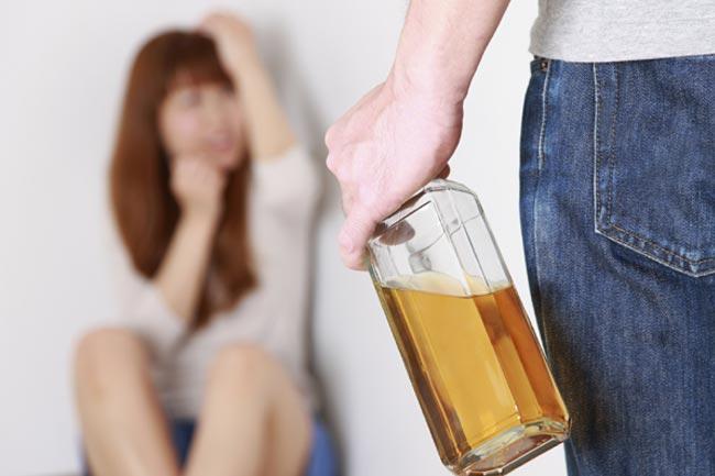 नशे की आदत डालना