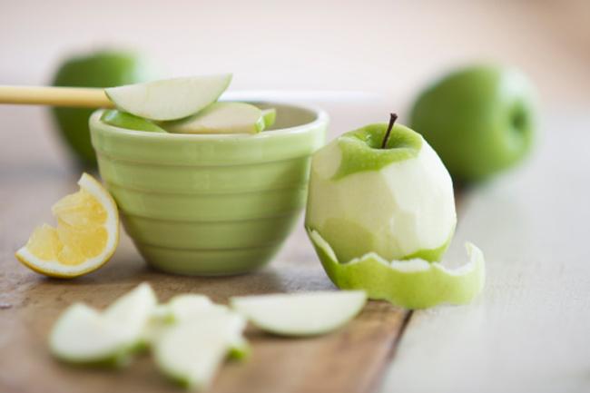 सेब का छिलका