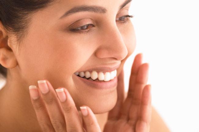 दसवां कदम : अक्सर अपने चेहरे को छूने से बचें