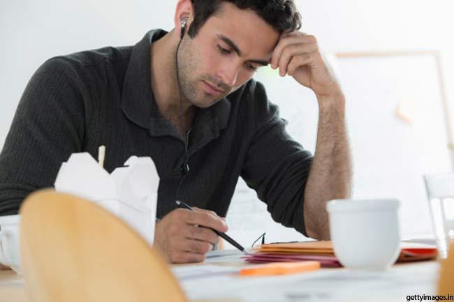 घर या कार्यस्थल से जंक फूड को दूर रखें