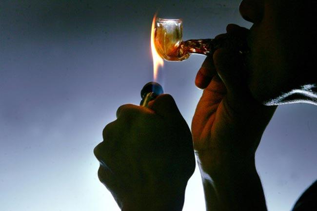 मादक पदार्थों का सेवन न करें