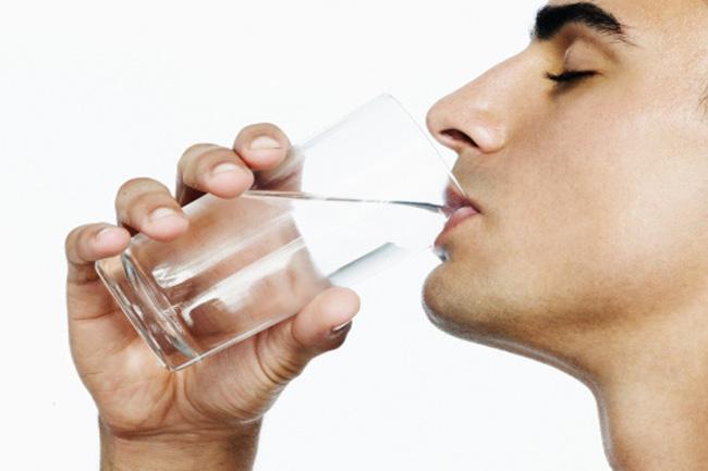 सर्दियों में कम पानी पीना