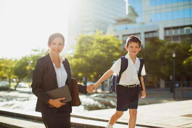 काम के साथ बने अच्छी मां