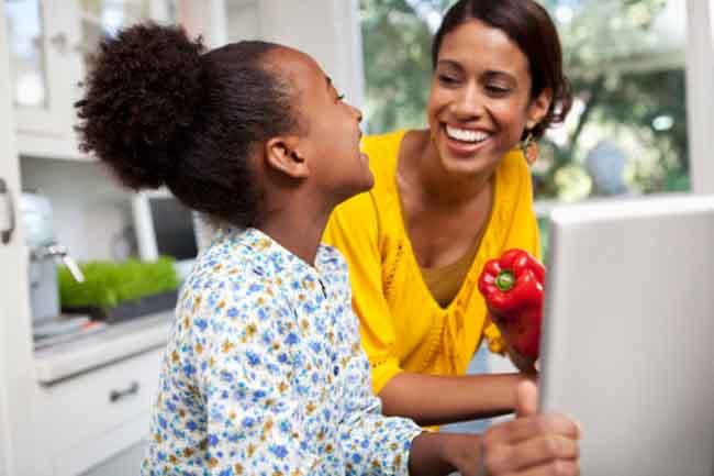बच्चों से दिनचर्या के बारे में बात करें