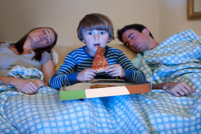 रात को तकनीक से दूर रहें