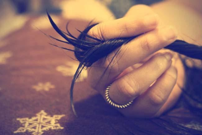 दोमुंहे बालों को दूर करे शैंपू