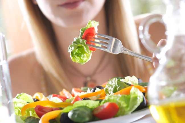 फल और सब्जियां खायें