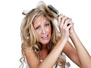 ऐसे करें खराब बालों की देखभाल