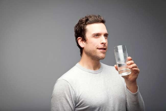 खूब सारा पानी पियें