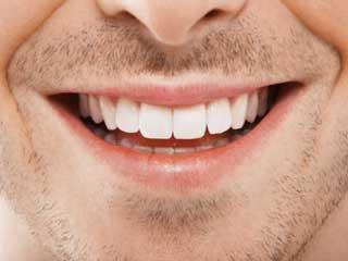 मुंह की देखभाल में ये आठ गलतियां करते हैं पुरुष