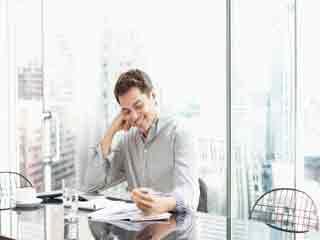 कैसे बेहतर करें ऑफिस में अपना प्रदर्शन