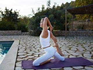 Tone Your Thighs Using Yoga Asanas