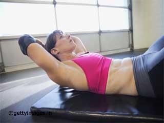 एबडॉमिनल क्रंच व्यायाम
