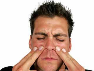 निमोनिया से बचाव के लिए इसके लक्षणों को पहचानें